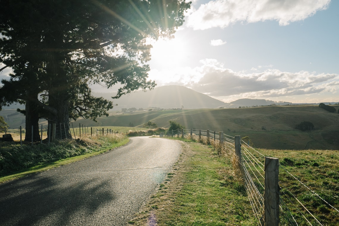 How to Drive the Stunning East Coast of Tasmania | ESCAPE BUTTON