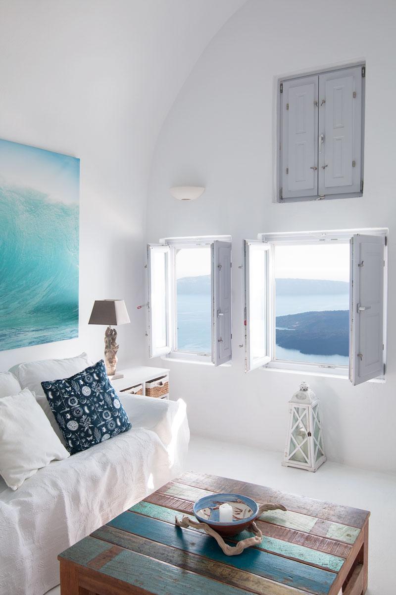Villa gaia santorini accommodation escape button for Greek bedroom decor