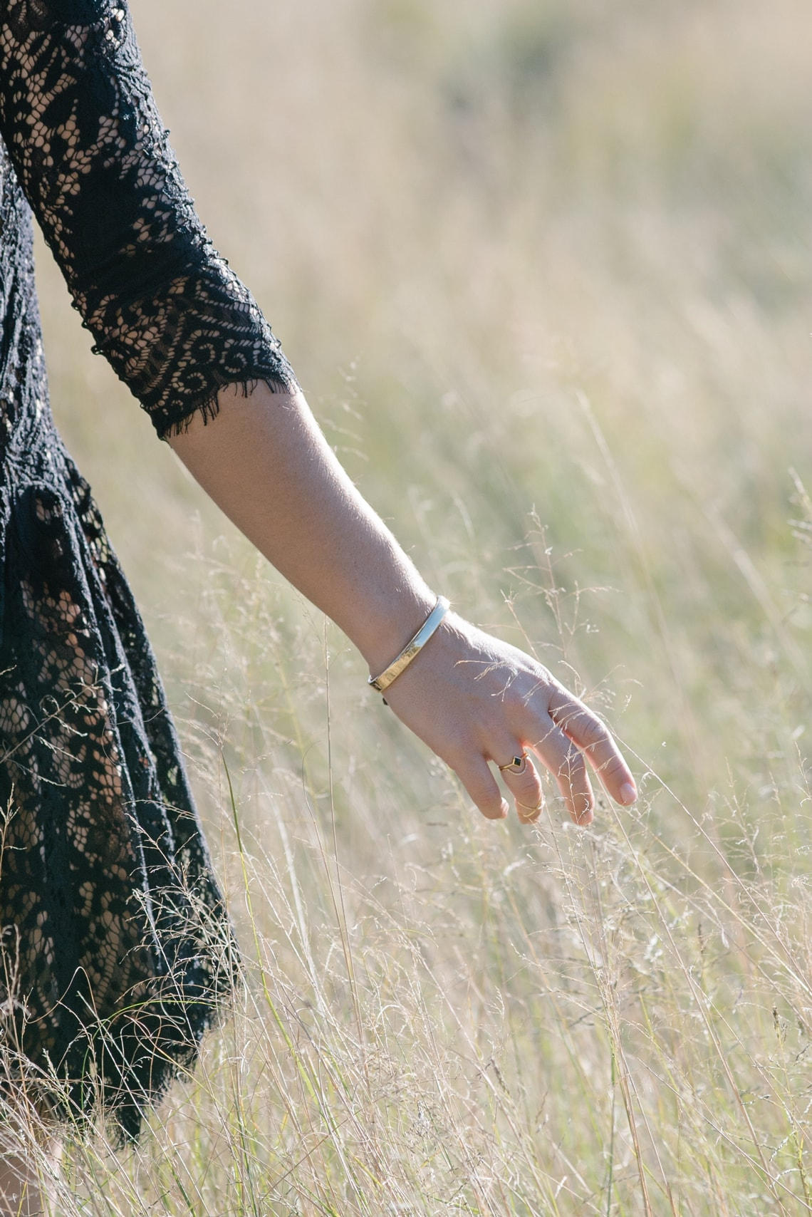 black lace dress sleeves